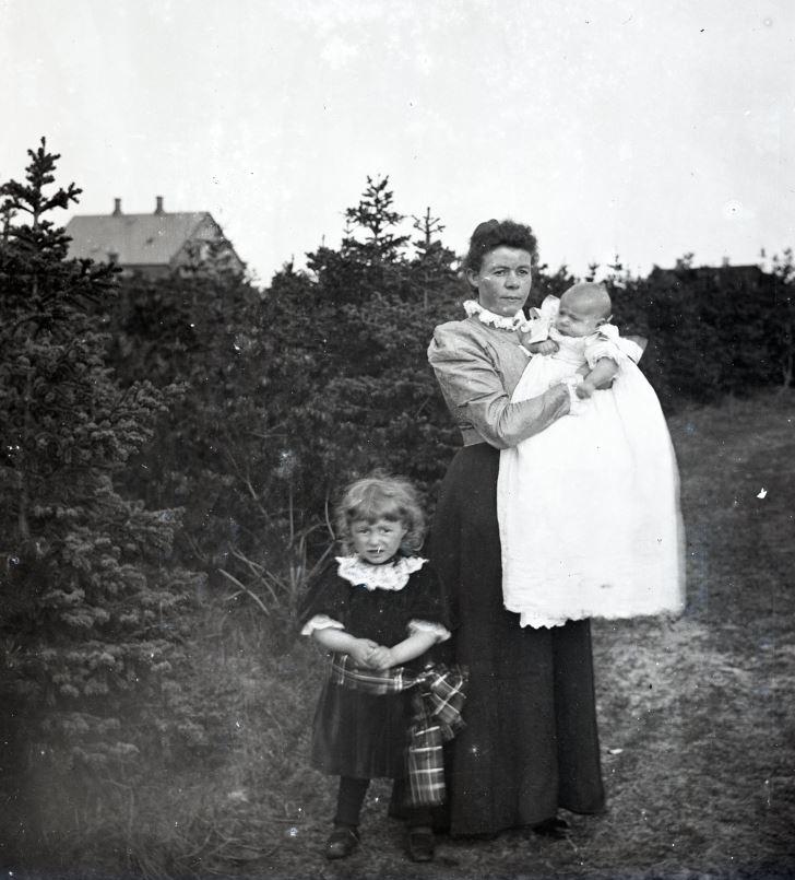 11.4  Johanne Hansen, f. Knudsen