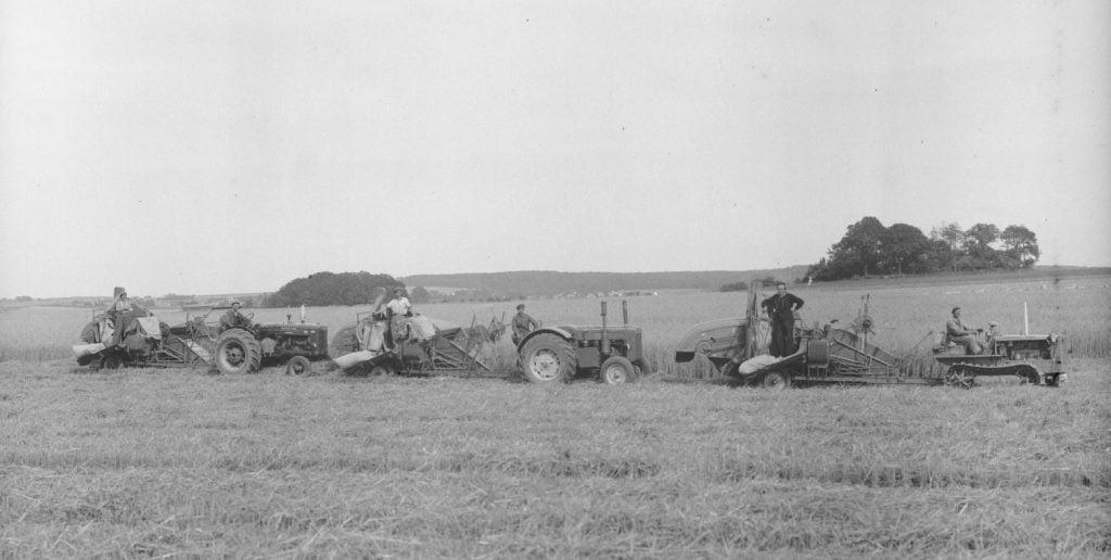 12.6  Ukendt landbrug.  Der står 1948 på æsken.