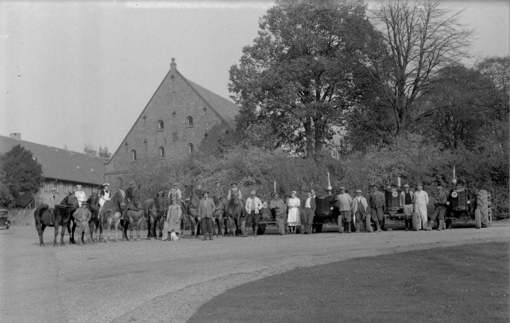 13.4  Gisselfeld Gods, set fra Gisselfeldvej / Ny Næstvedvej.