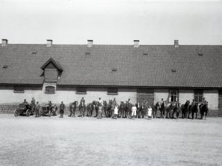 17.9  Harrestedgård,Næstved  Æsken mærket 1942