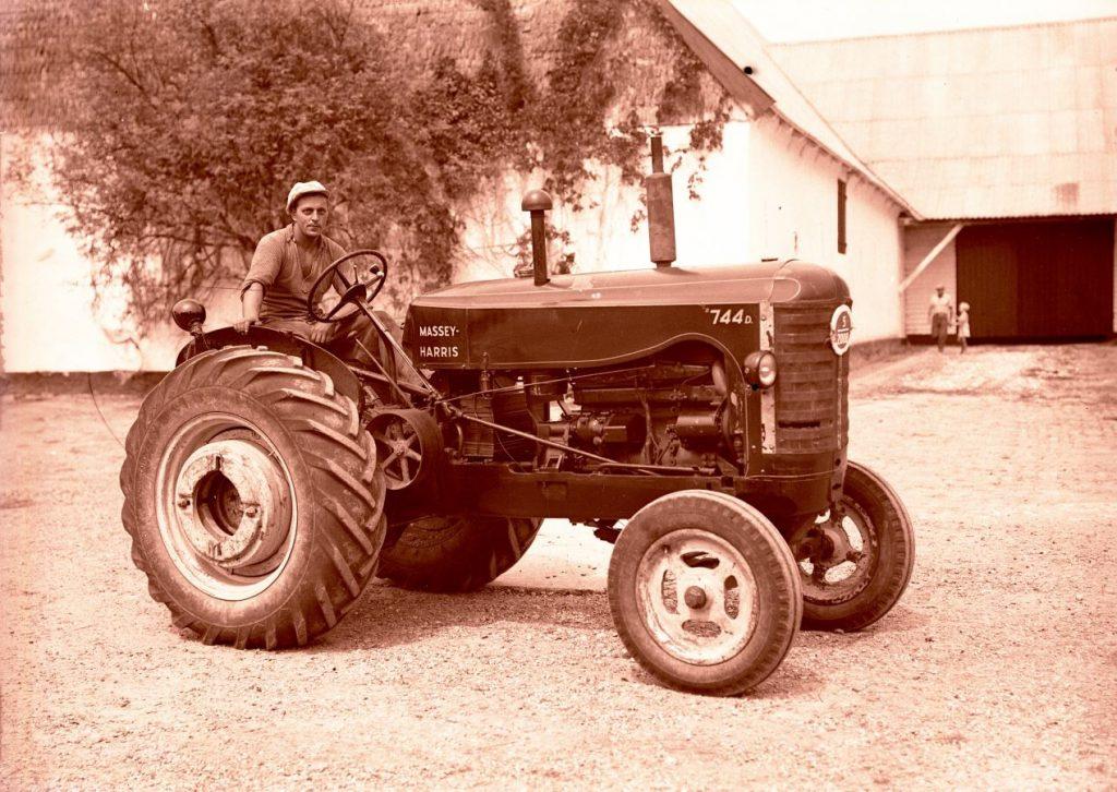 18.17 Turebyholm, 4682 Tureby. År 1953.