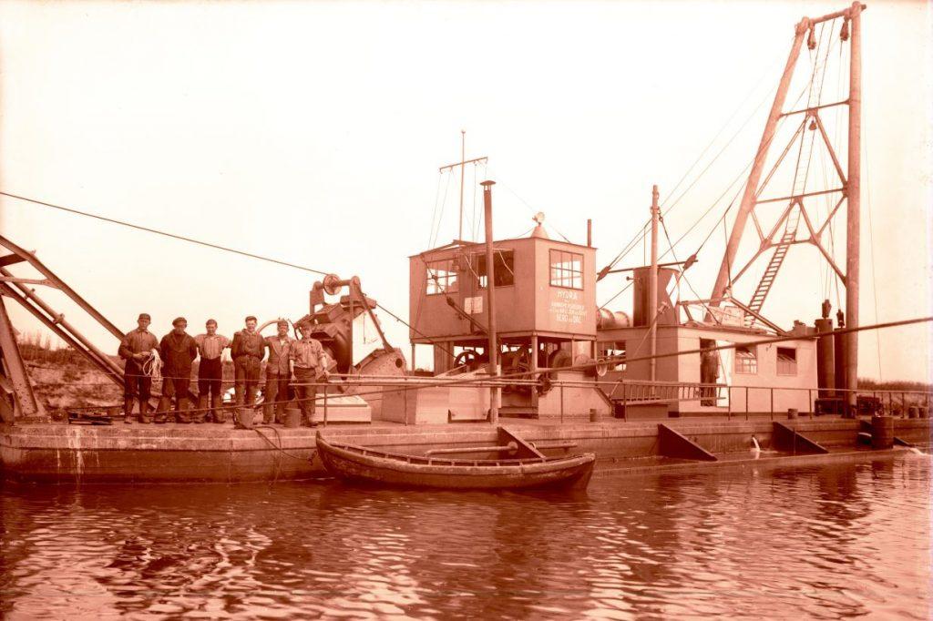 36.5 Kanalgravning mellem Karrebæksminde og Næstved, år 1935.