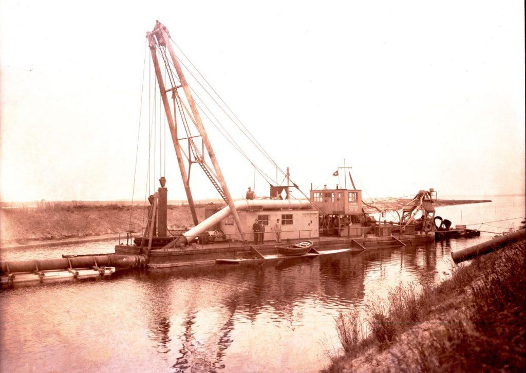 36.5 Kanalgravning mellem Karrebæksminde og Næstved, år 1935. Tak til Susanne Vraa for info.