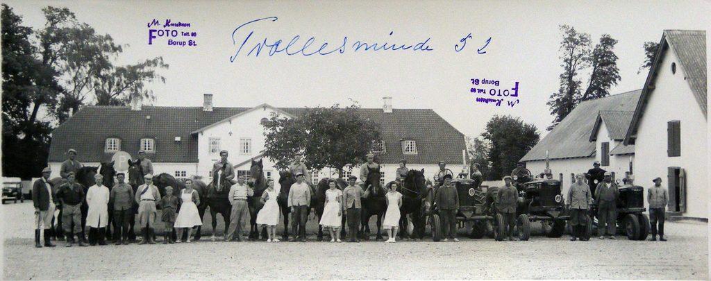 67.70  Trollesminde, Hillerød år 1952