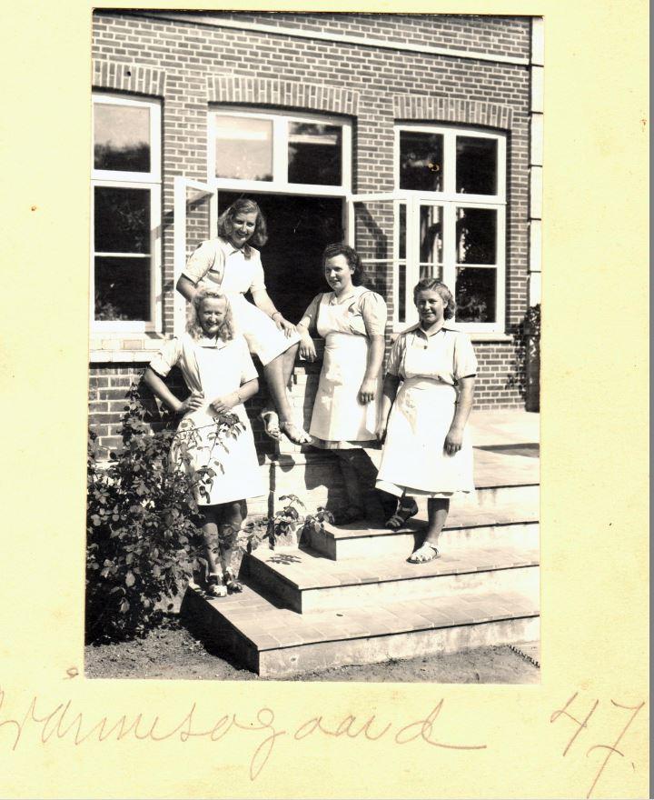 71.82 Grønessegård,3390 Hundested,år 1947