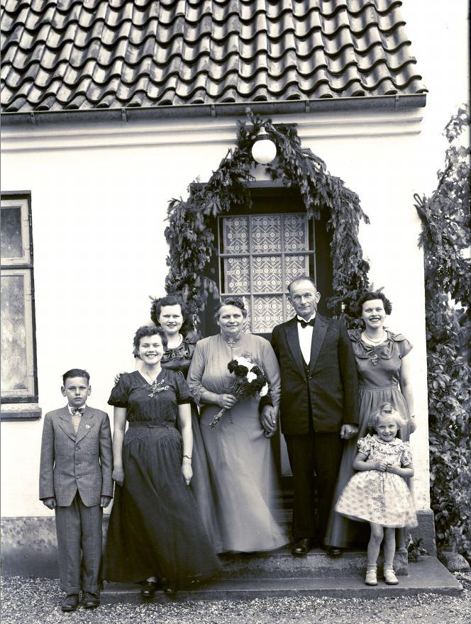 18.10  Sølvbryllup  År 1953