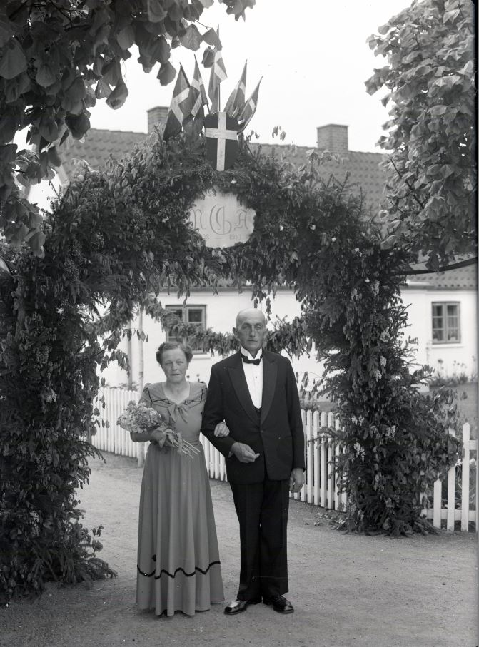 18.4  Sølvbryllup.  År 1953
