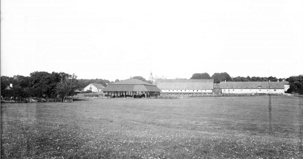 2.3 Tølløse gods før brand år 1942