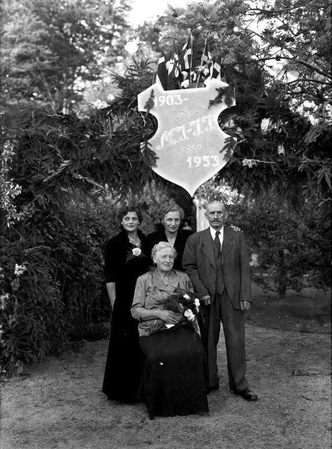 22.1  Guldbryllup 1953