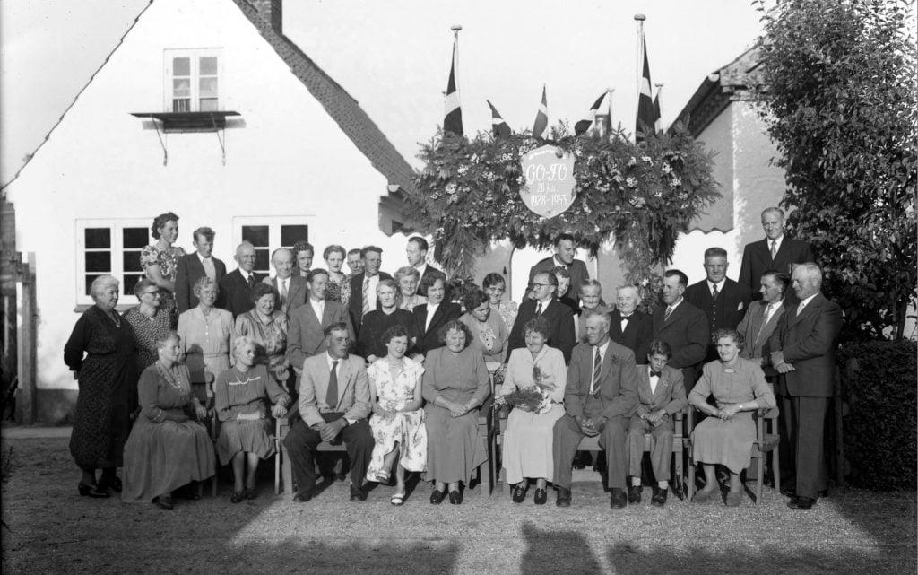 24.12  Sølvbryllup 28. juli 1953