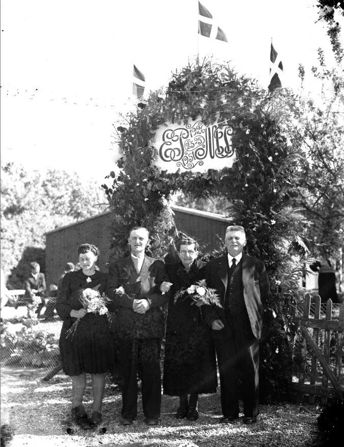 27.7  Sølvbryllup 25. maj 1951