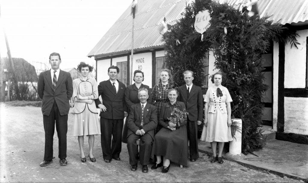 29.12  Mindebo  Sølvbryllup 5 marts 1952  HN og CN