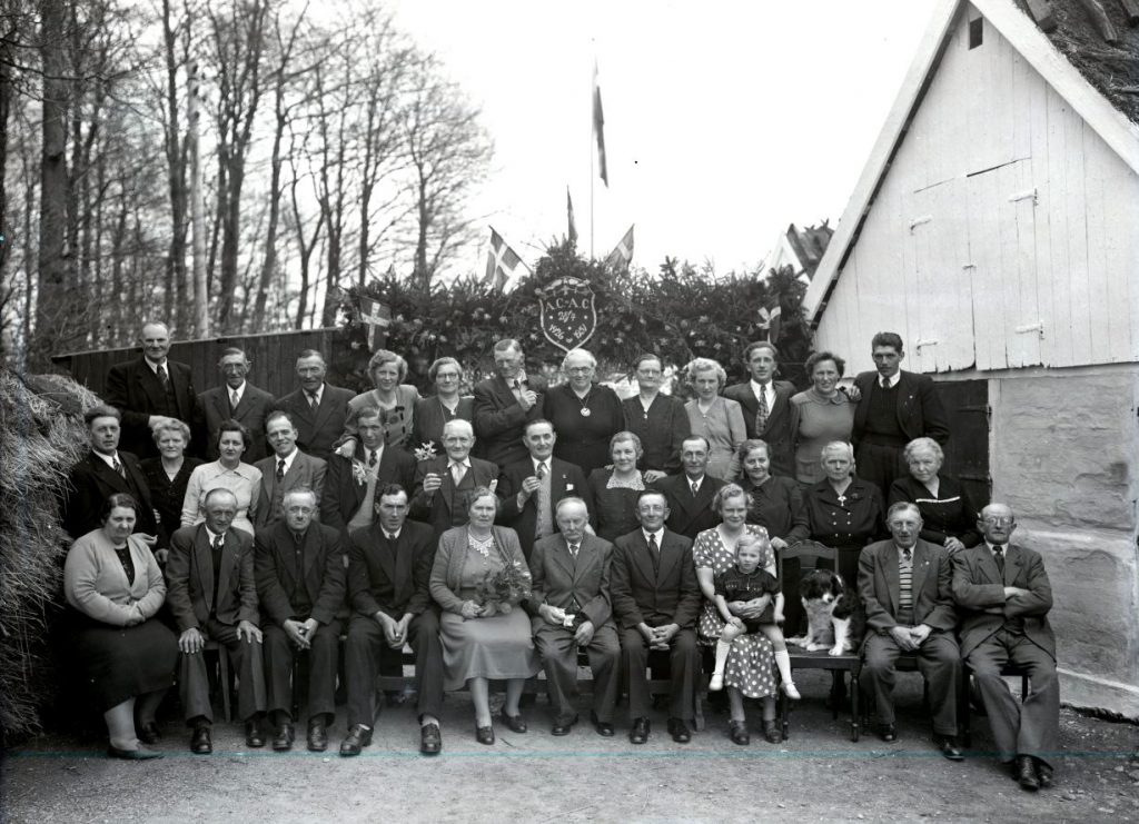 30.4  Sølvbryllup 28 april 1951  AC+AC