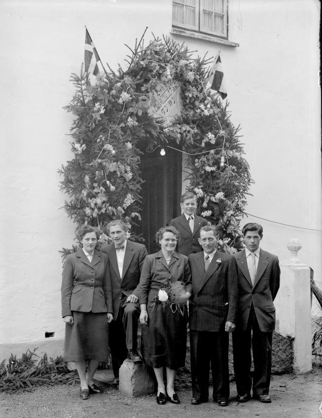 38.12  Sølvbryllup 1953