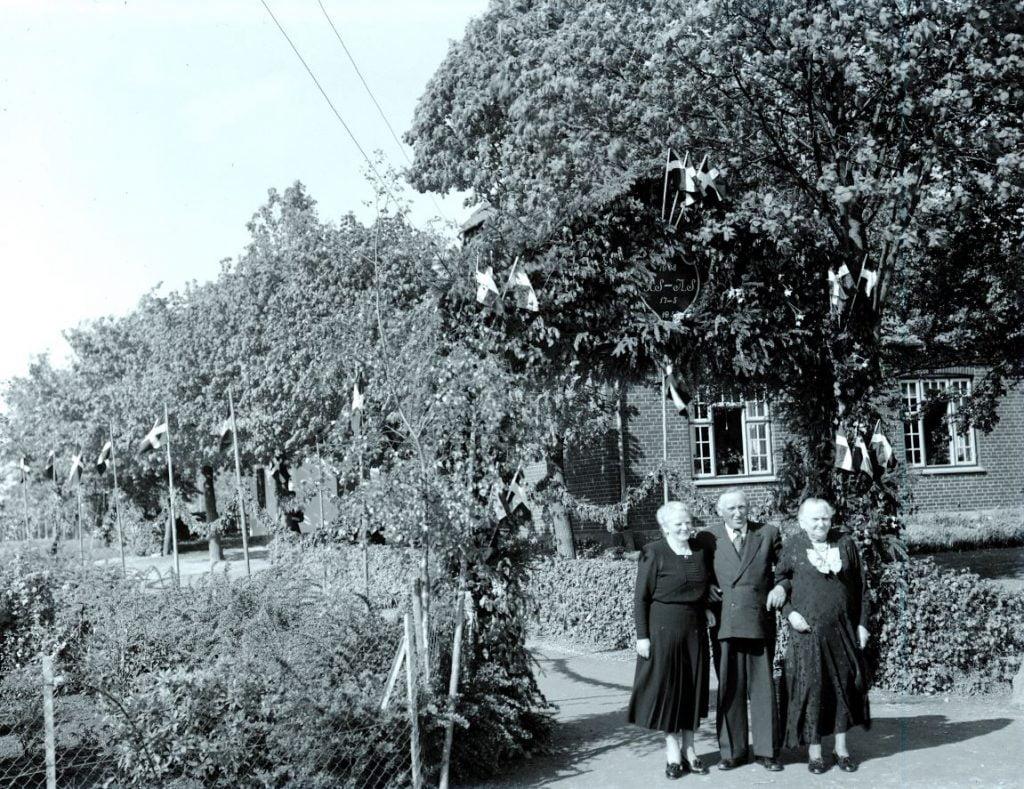 38.4  Sølvbryllup 17. maj 1953