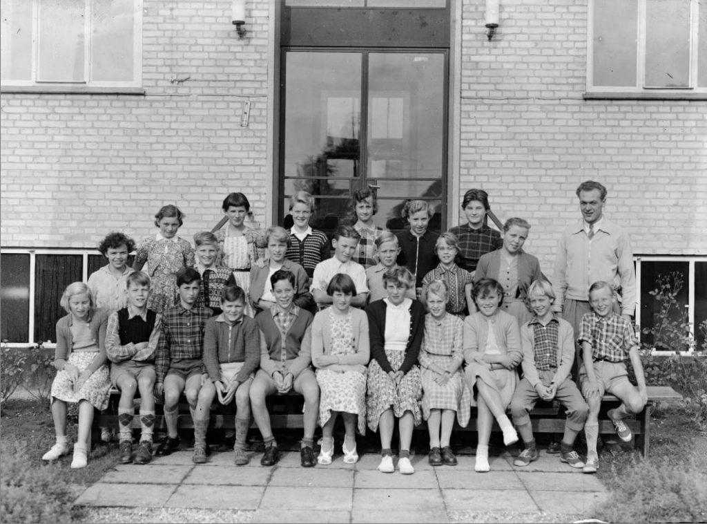 50.1  Borup skole,første real år 1954, iflg. Lis Nielsen