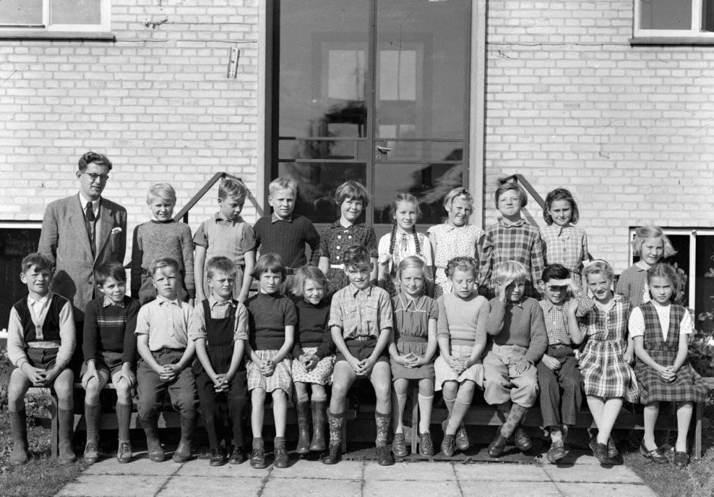 50.4  Borup skole, 1954. Lærer Holger Moos