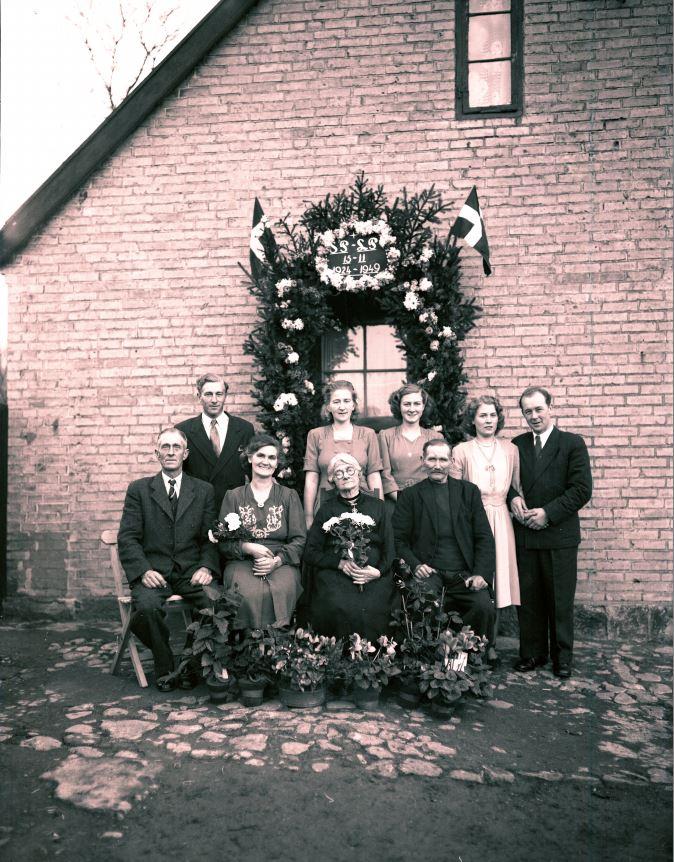 57.12  Sølvbryllup 13 eller 15 november 1949