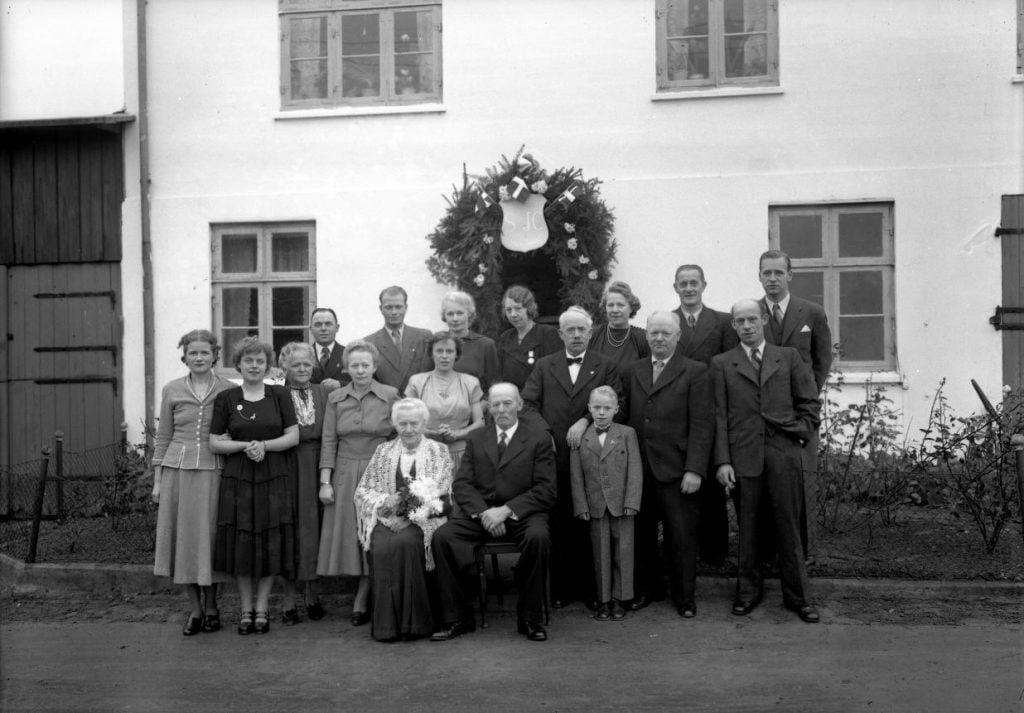 57.18  60 års bryllupsdag 1889-1949  S-JC