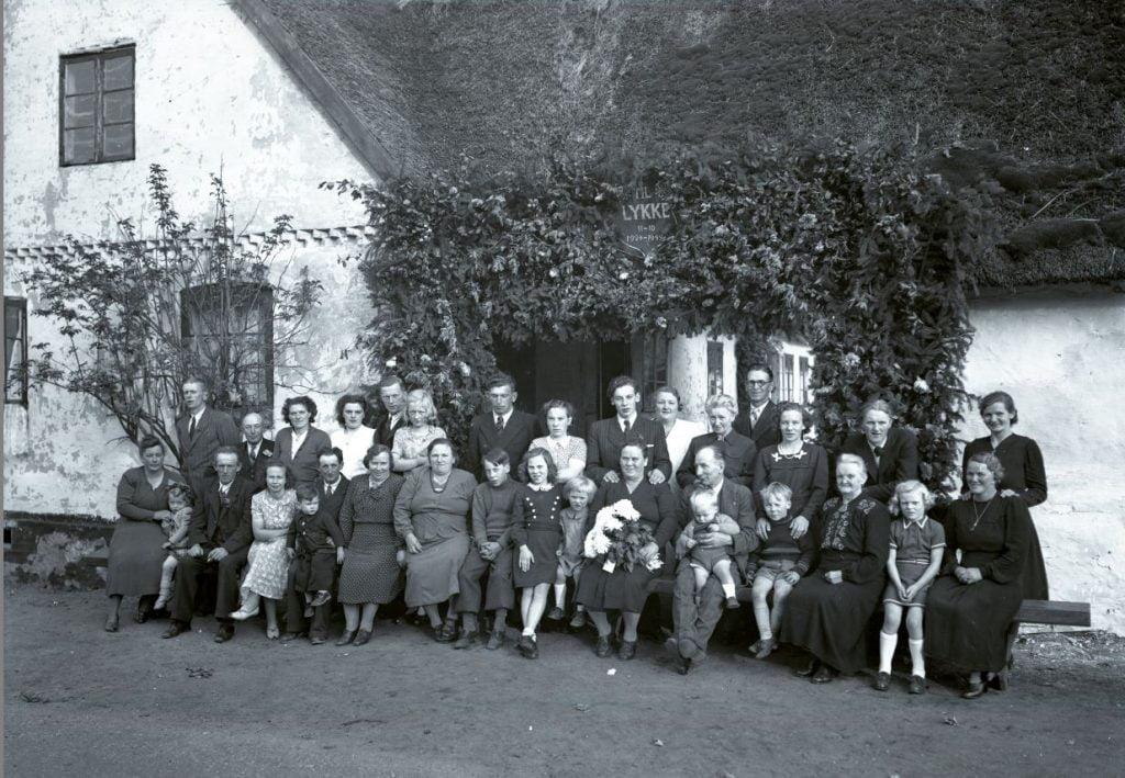 57.2  Sølvbryllup 11. oktober 1949