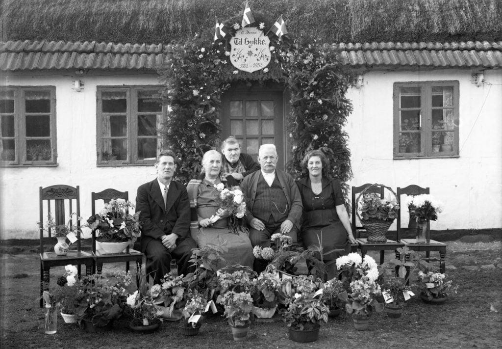 66.13  Guldbryllup 6. december 1953  KA-KA ?